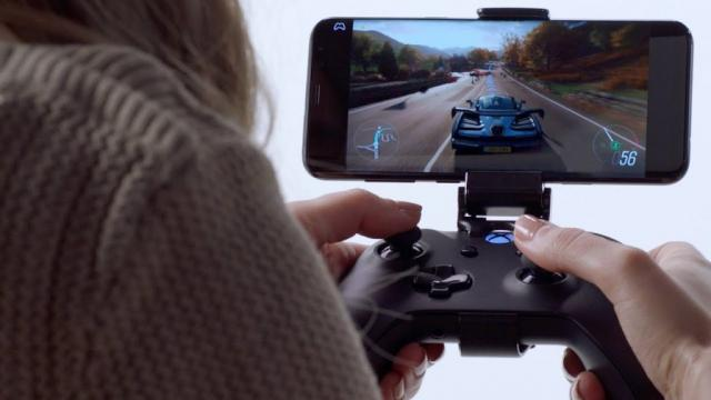 Phil Spencer: Cloud Gaming on Phone Isn't Same Experience as
